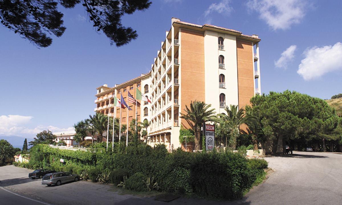 Il 501 Hotel di Vibo in una immagine di repertorio