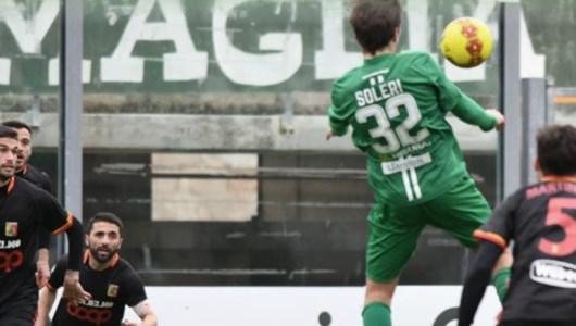 Lega Pro, il Catanzaro a Monopoli si salva in extremis grazie ad un autogol