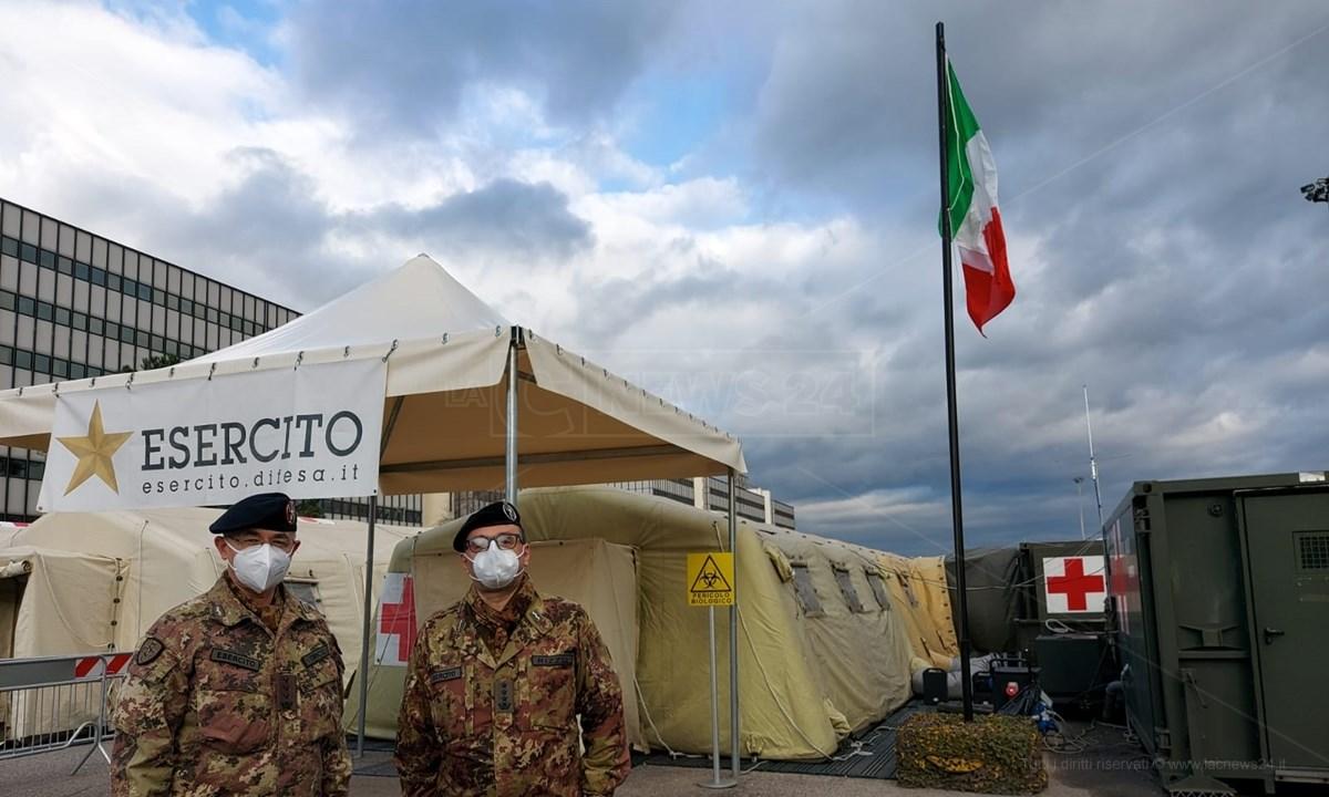 Avvicendamento all'ospedale militare di Cosenza, tra i colonnelli Michele Tirico e Francesco Rizzo
