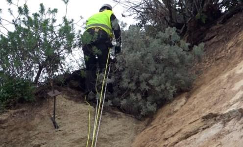Frana di Amantea, situazione ancora instabile: rocciatori al lavoro