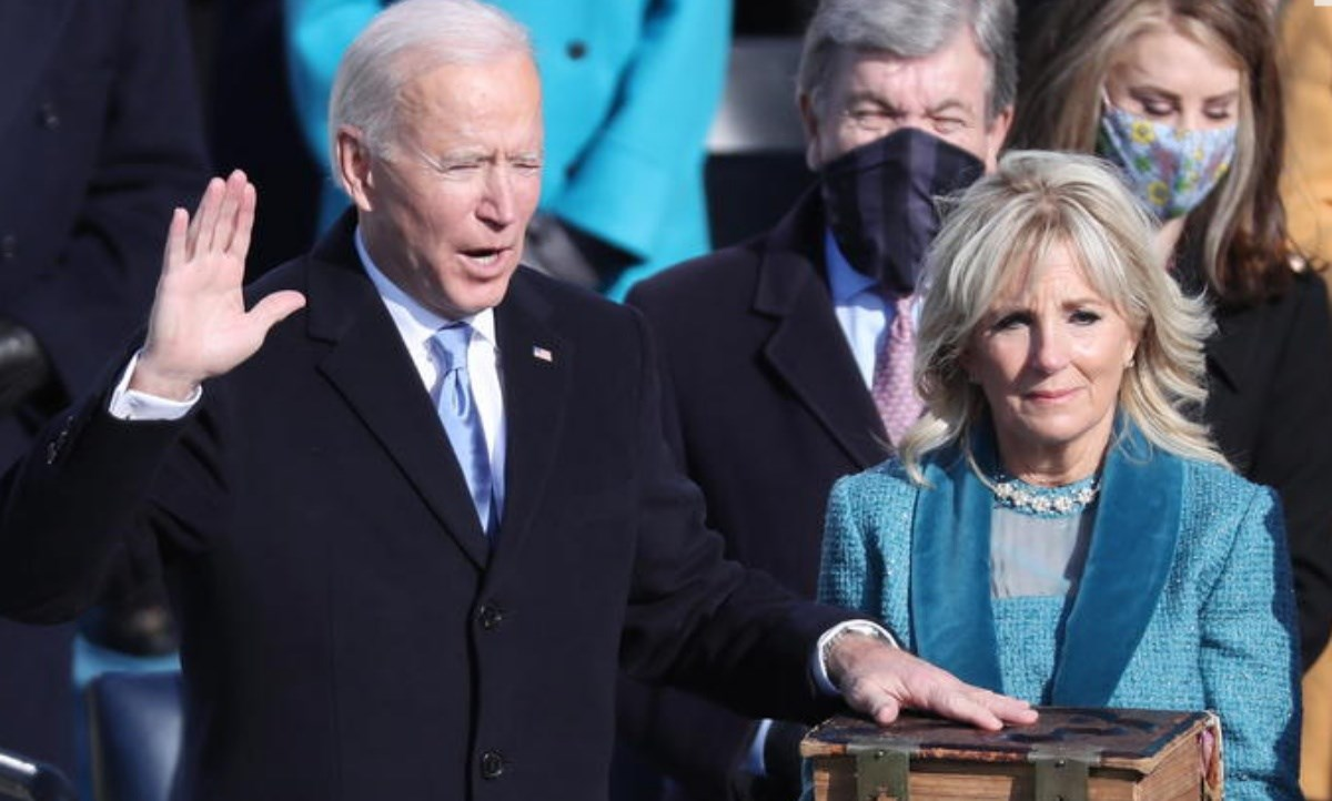 Il giuramento di Biden, foto ansa