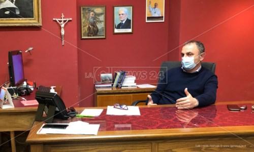 Il sindaco Ermanno Cennamo