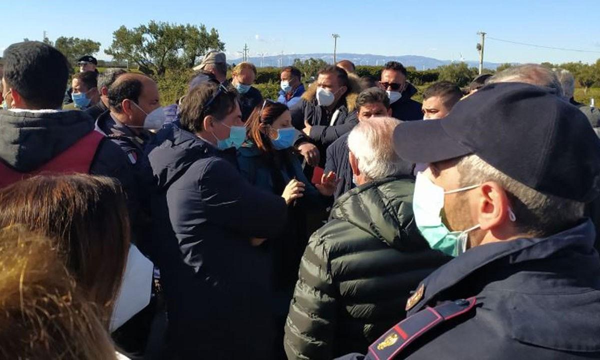 Il sindaco Vittimberga tra gli agricoltori in protesta