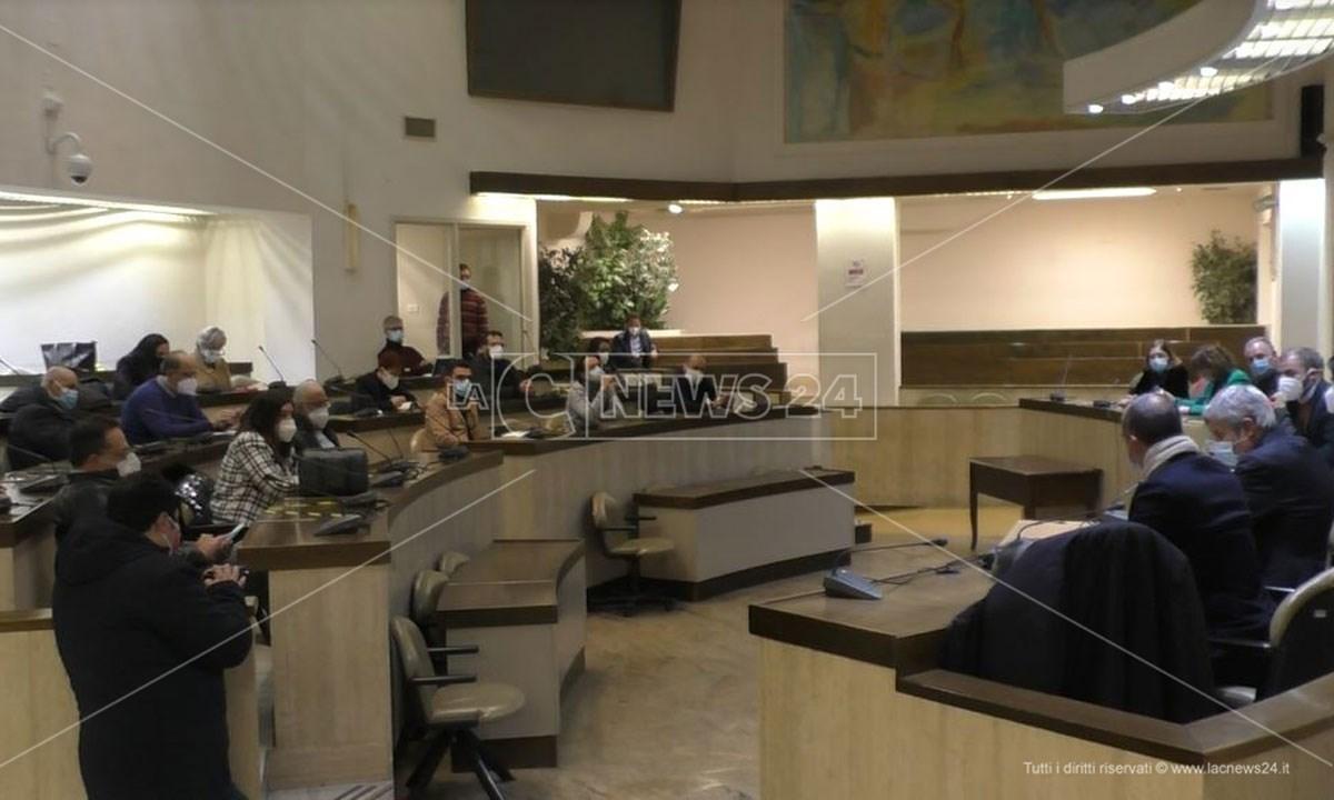 La riunione del tavolo di garanzia sulla crisi dell'Abramo Customer Care