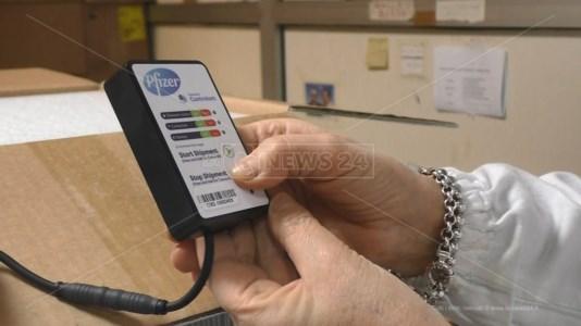 Vaccini Covid, consegnate in Calabria 14mila dosi: tutte destinate ai richiami, slitta il piano