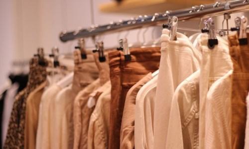 Gioia Tauro, cercano di rubare vestiti in un centro commerciale: denunciati 5 ragazzini