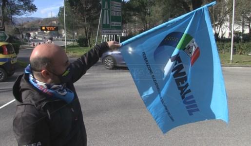 Cosenza, il tour dei sindacati tra le opere incompiute: «La politica batta un colpo»