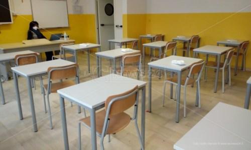 Scuole Calabria, per le superiori proroga della didattica in presenza al 50 per cento