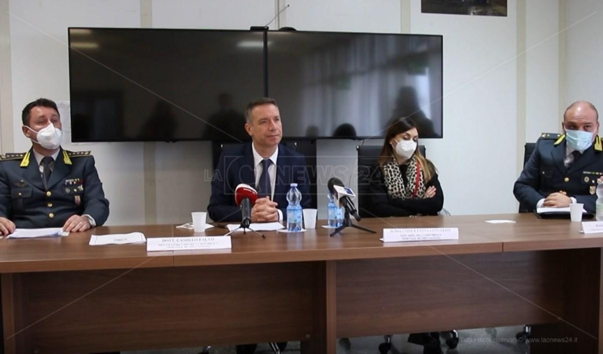 La conferenza stampa dell'inchiesta