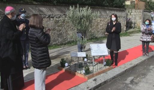 Scoperta a Cosenza una targa commemorativa della figura di Giovanni Palatucci