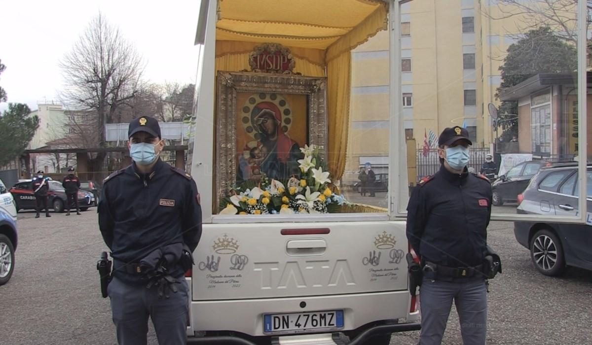La sacra effige del Pilerio in visita all'Annunziata