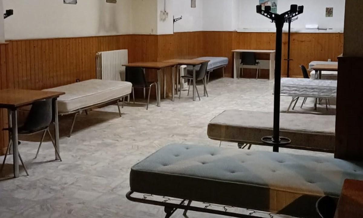 Il dormitorio in allestimento