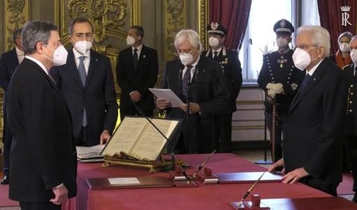 Mario Draghi giura davanti al Presidente della Repubblica