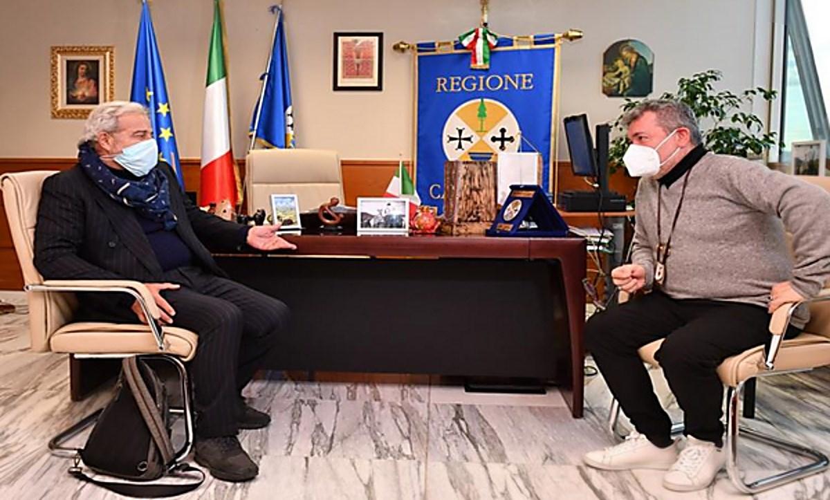 Il commissario Longo con il presidente ff Spirlì