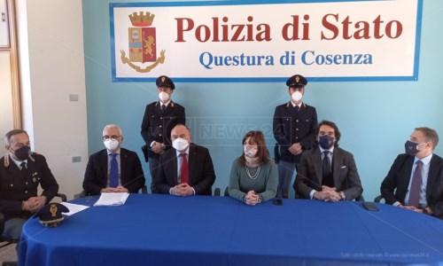 La conferenza stampa dell'operazione Kossa