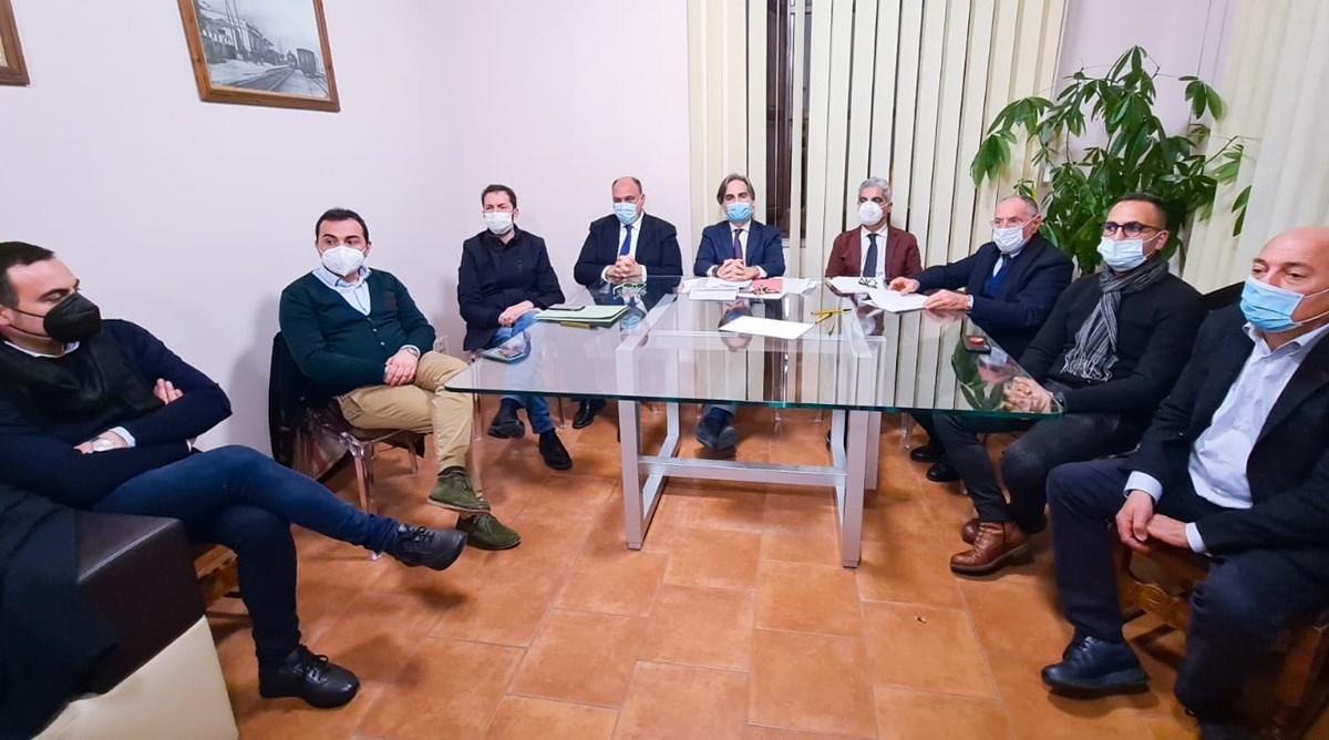 La riunione dei sindaci di oggi a Locri