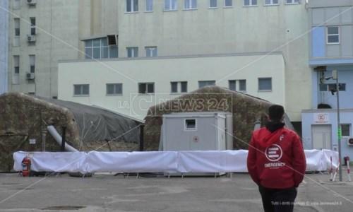 Emergency lascia il reparto Covid di Crotone: «Pronti a tornare in caso di necessità»