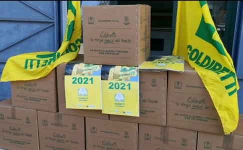 Corigliano Rossano, Coldiretti dona pacchi alimentari alle famiglie in difficoltà