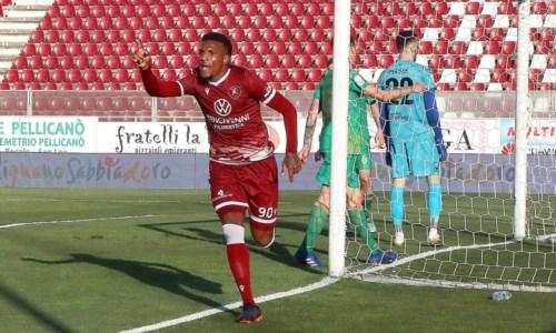 Serie B, la Reggina travolge la Spal a Ferrara: risultato finale 1-4