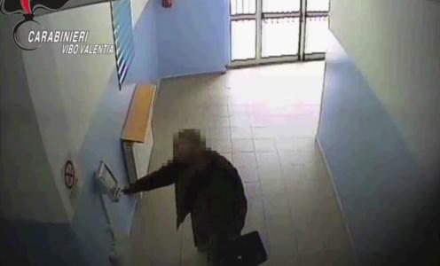 Vibo Valentia, in 17 a giudizio per assenteismo nel distretto sanitario di Serra: i nomi