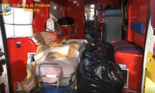 Trenta chili di marijuana in ambulanza per attraversare lo Stretto: due arresti