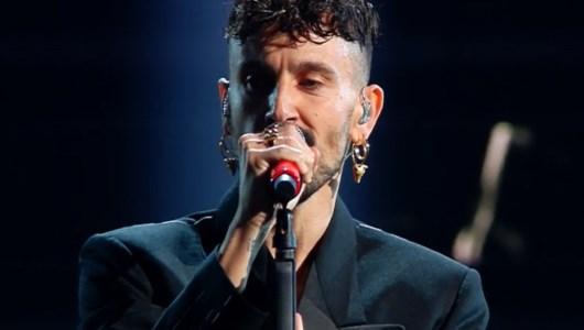 Sanremo, il cosentino Aiello sul palco dell'Ariston: testo e significato di «Ora»