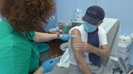 Ospedale di Soverato, somministrati i vaccini anticovid ai pazienti dializzati