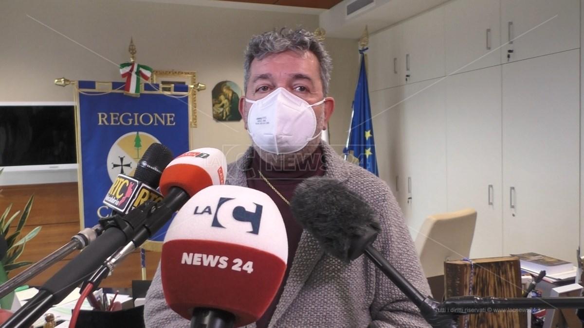 Il presidente ff Nino Spirlì