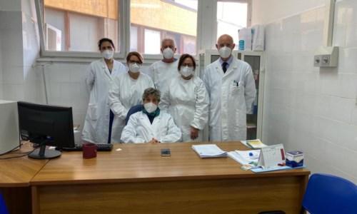 I medici dell'unità di emodialisi dell'ospedale di Castrovillari