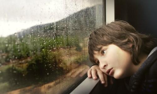 Fobie e depressione, il lato oscuro del Covid: «Aumentate patologie psichiatriche tra i bambini»