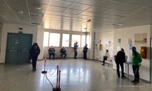 Reggio Calabria, vaccinare persone allergiche in luogo protetto: in arrivo protocollo Asp-Gom
