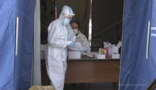 Emergenza pandemiaCovid, ancora alti i contagi in Calabria: 164 nuovi casi e 5 morti nel bollettino