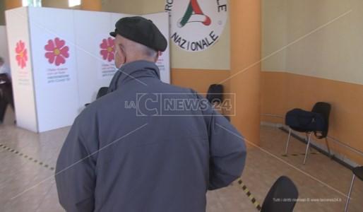 Furbetti dei vaccini, la commissione Antimafia chiede gli elenchi delle somministrazioni in Calabria
