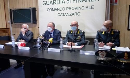 La conferenza stampa con Nicola Gratteri