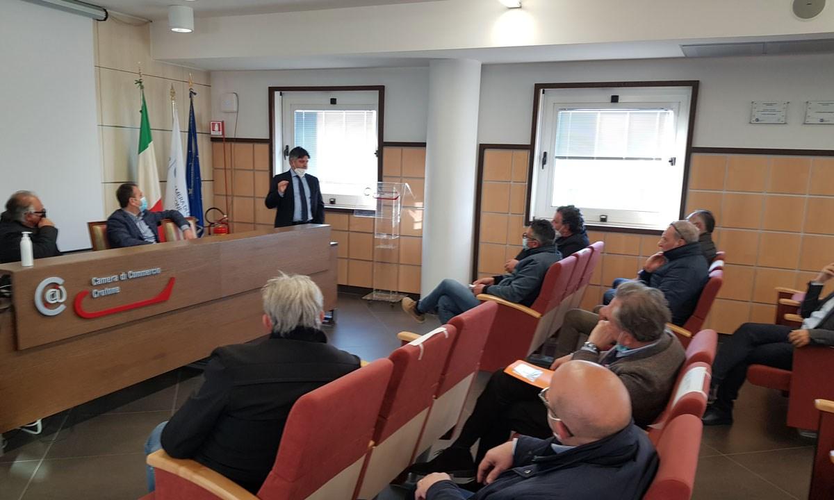 La riunione presso la Camera di Commercio di Crotone