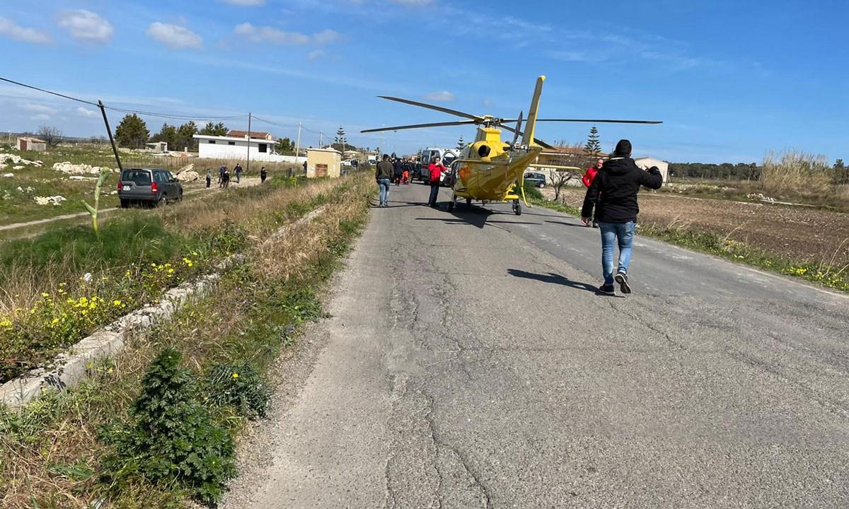 L'arrivo dell'elisoccorso sul luogo dell'incidente