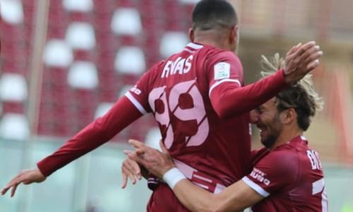 Serie B, la Reggina vuole vincere per continuare a sognare l'aggancio ai play off