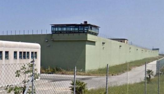 Vibo Valentia, agente della polizia penitenziaria aggredito da un detenuto