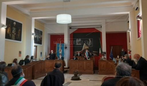 Intimidazione carabinieri a Cetraro, il sindaco: «La nuova caserma c'è, si renda operativa»