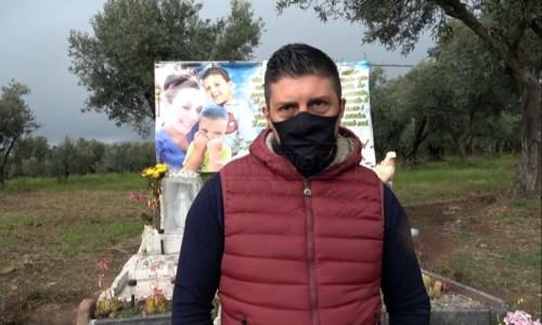 Cinque indagati per l'alluvione di San Pietro, papà Angelo: «Giustizia per Stefania, Christian e Nicolò»