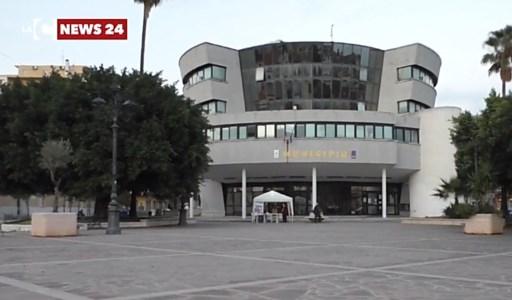 Bovalino, insulta e minaccia sindaco e carabinieri: arrestata