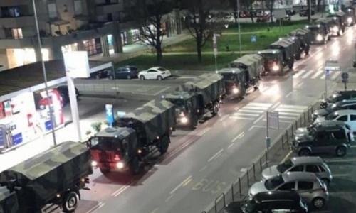 La colonna di camion dell'esercito il 18 marzo 2020