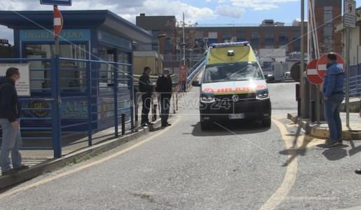 In trinceaCosenza, arrivano i rinforzi per il pronto soccorso dell'ospedale Annunziata: reclutati 5 medici