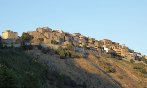 Covid Calabria, anche il piccolo borgo cosentino di Nocara diventa zona rossa