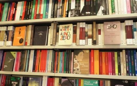 Il Covid non ferma i lettori, le dritte dei librai calabresi per scegliere il romanzo giusto