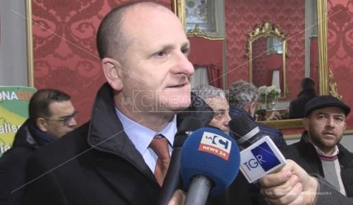 Il capogruppo Pd in consiglio regionale Mimmo Bevacqua
