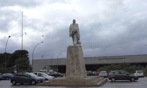 Reggio, riqualificazione piazza Garibaldi: i soldi ci sono ma ancora è tutto fermo