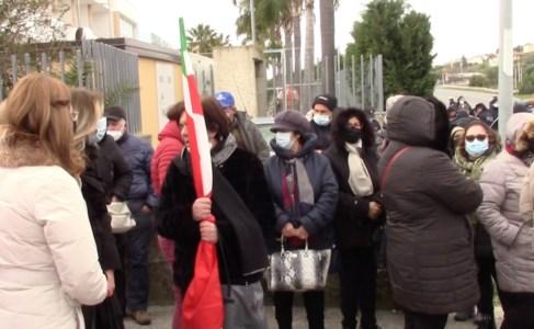 Sibaritide, i lavoratori Lsu-lpu in piazza: «Il governo Draghi proroghi i contratti»
