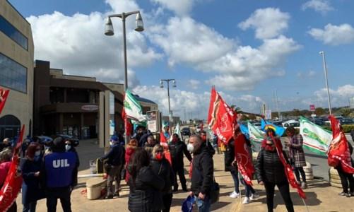 Vertenza lavoratori Carrefour, i sindacati chiedono un incontro urgente in Regione