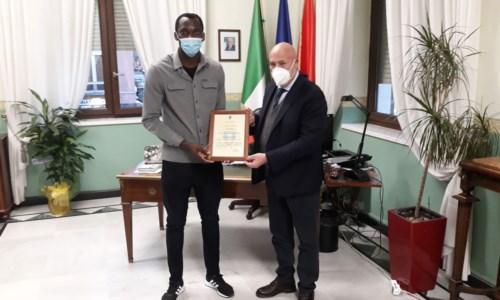 Simy e il sindaco Vincenzo Voce